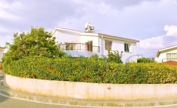 Gorgeous 3 bedroom villa with Jacuzzi